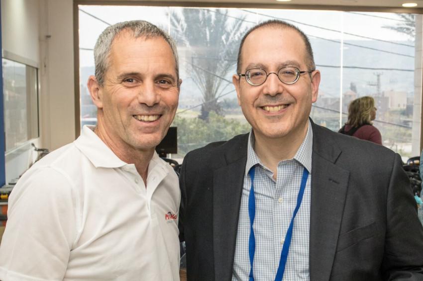 אסף ברימר ודיויד שחיזר (צילום: אלכס הובר)