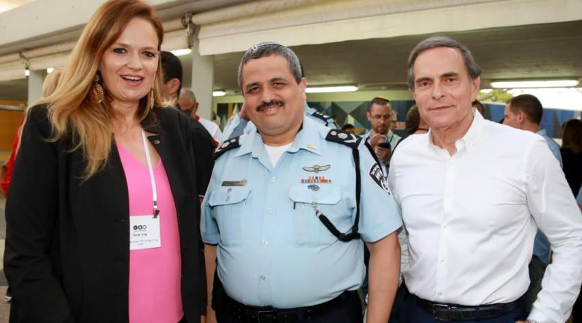 אמנון דיק, רוני אלשיך וסיגל אדר (צילום: איציק בירן)