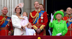 המלכה אליזבת, הנסיך ויליאם, קייט מידלטון והנסיך צ