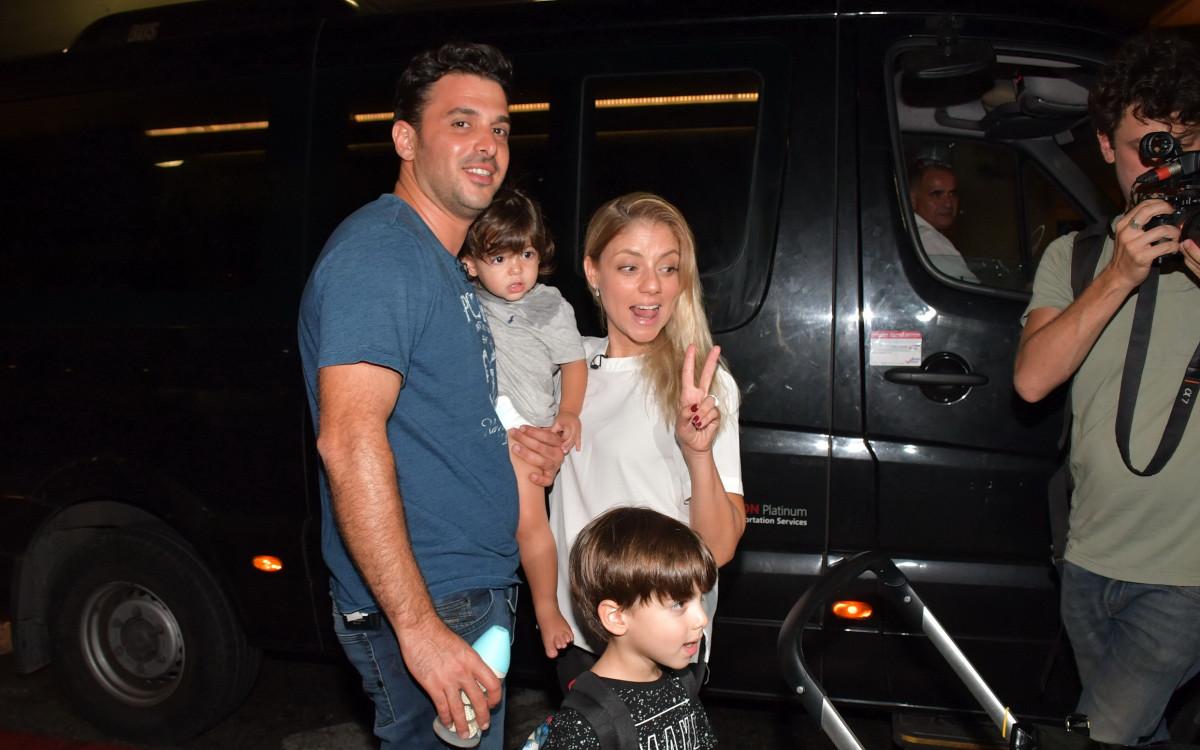 שירי מימון<br />ארזה את המשפחה:<br />הם בדרך לברודווי!