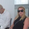קובי פרץ ואשתו בבית המשפט