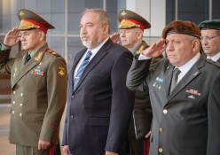 איזנקוט, ליברמן ושר ההגנה הרוסי