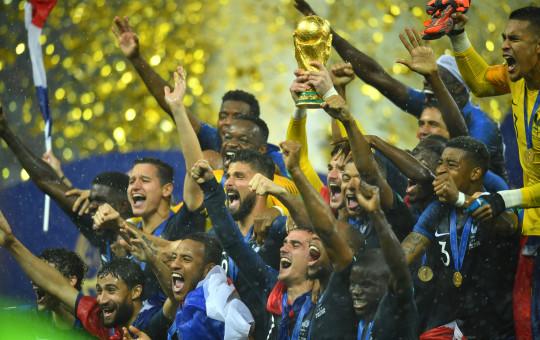 צרפת זוכה בגביע העולם