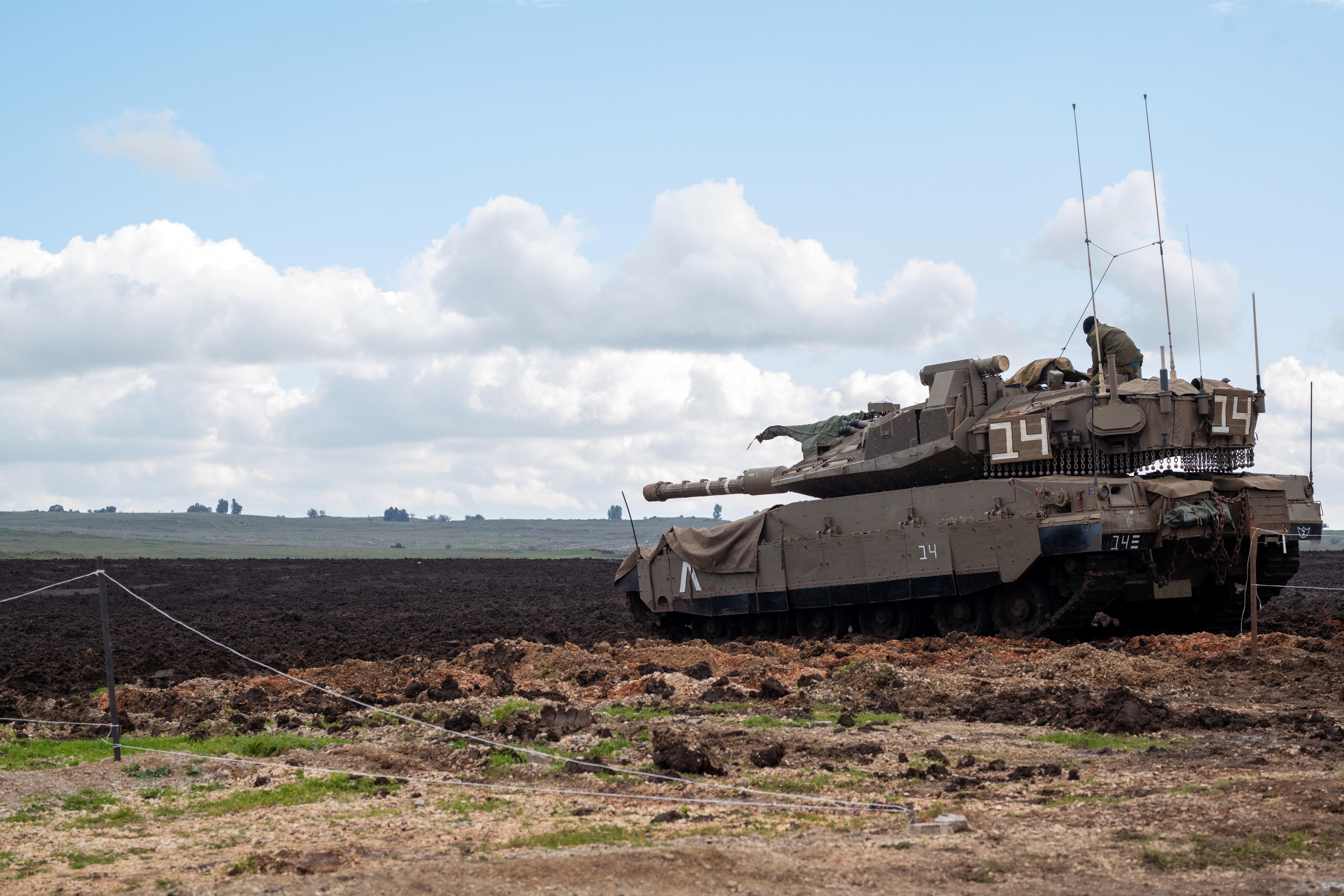 """טנק צה""""ל. צילום: רויטרס"""