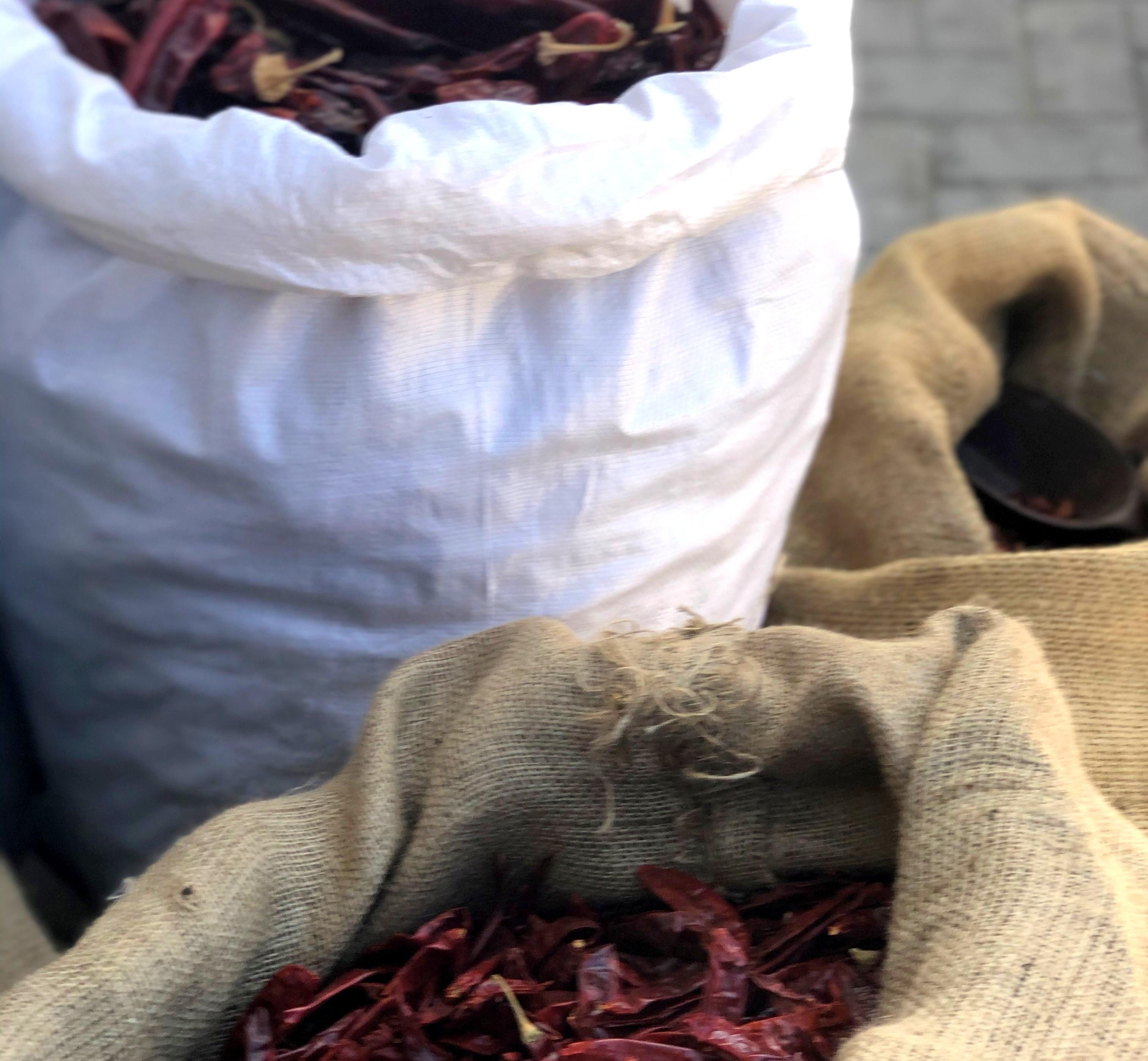 תבלינים בשוק רמלה. צילום: פסקל פרץ-רובין