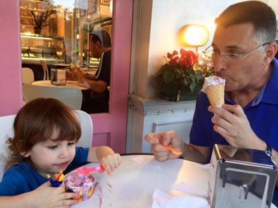 אבאל'ה! גדעון סער עם בנו דוד (פייסבוק)