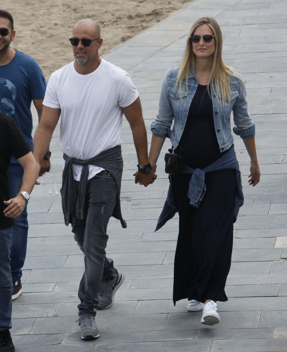 יאללה, לבחון בניין של גאודי. עזרא עם בר רפאלי בברצלונה