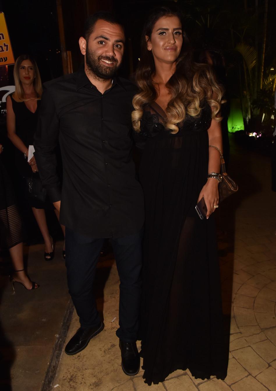 עינב בובליל ובעלה, באלגנטיות