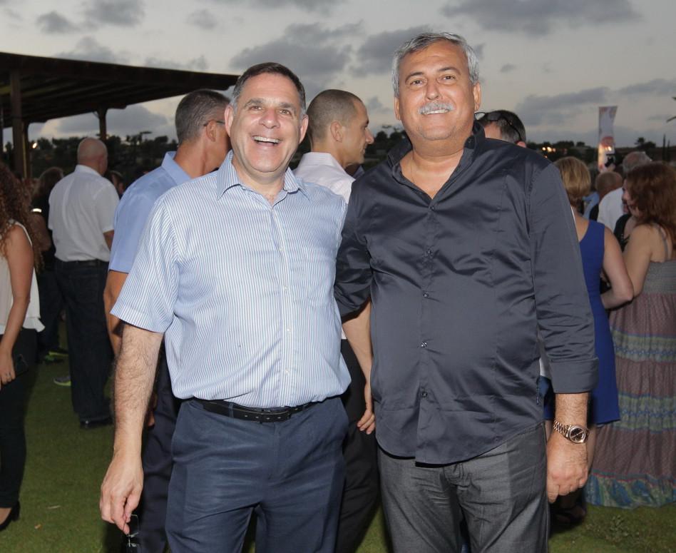 נחום ביתן ואיציק צאייג (צילום: שוקה כהן)