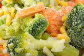 האם באמת בריא יותר לאכול ירקות קפואים?   מאיה רוזמן עושה סדר