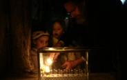 הדלקת נרות חנוכה