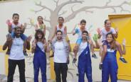 חלק מצוות דניאלי עם ילדים בברזיל