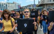 נשים מפגינות באיסטנבול