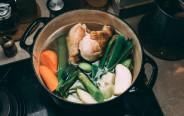 מרק אסייתי עם עוף