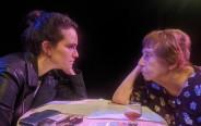 """שפרה מילשטיין בהצגה """"אפשר חשבון"""""""
