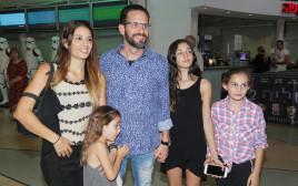 גורי אלפי ומשפחתו