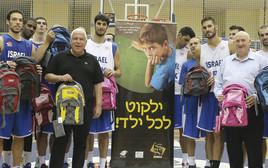 פיני גרשון, ממקימי העמותה, ושחקני נבחרת ישראל