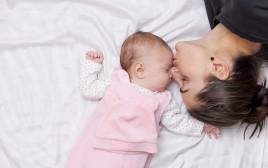 תינוק, הורות, אילוסטרציה
