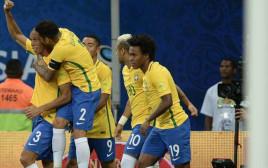 ברזיל חוגגת מול קולומביה