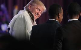 דונלד טראמפ עם טלית