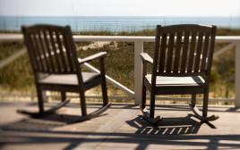מרפסת מול חוף הים
