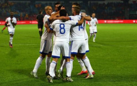 נבחרת ישראל חוגגת מול אלבניה