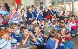 מחזירים אהבה, פרויקט מפגש קשישים וילדים