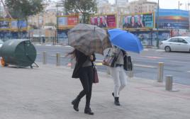 גשם ורוחות בתל אביב