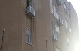 הבניין ממנו נפל ילד בן שלוש בערד