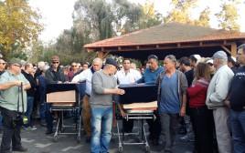 עמרי ועילי ניר מובאים לקבורה