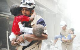 חילוץ ילדים מבניינים מופגזים, חאלב, סוריה