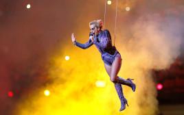 ליידי גאגא במופע הסופרבול