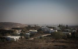 מאחז שהוקם על קרקע פלסטינית, ארכיון