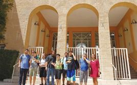 החמישיה בפתח מכללת דוד ילין