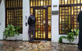 פשיטה על עיריית כפר סבא בחשד לשחיתות