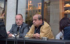 """עו""""ד יורם שפטל וצ'רלי אזריה במסיבת העיתונאים"""