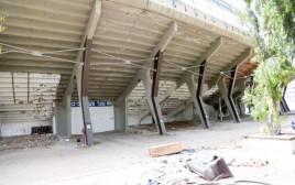 אצטדיון בלומפילד בשיפוץ