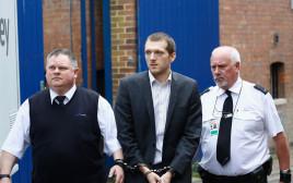 ג'רמי פורסט מובא למעצר