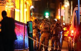 כוחות ביטחון בריטיים לאחר הפיגוע בלונדון