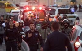 זירת הפיגוע בירושלים סמוך לשער שכם