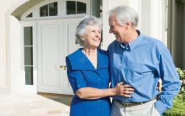 גבר ואישה מבוגרים, צילום אילוסטרציה