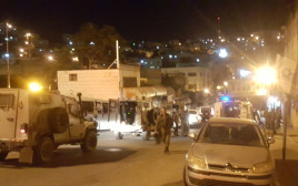 ידוי אבנים ובקבוקי תבערה על כוחות הביטחון