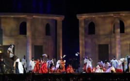 """האופרה """"טוסקה"""" בפארק הירקון"""