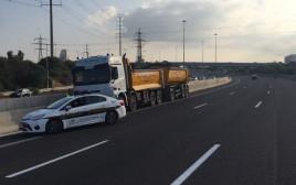 המשאית שנעצרה על ידי המשטרה