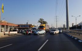 כביש 4 נחסם בשל הפגנת הנכים