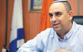 ראש העיר לוד, יאיר רביב