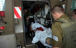 פינוי חייל פצוע