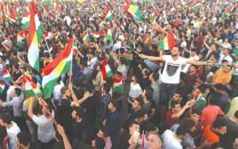 כורדים מפגינים בעד משאל העם
