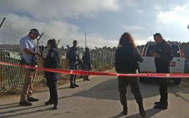 כוחות משטרה באזור הפיגוע בהר אדר