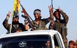 לוחמי הכוחות הסורים הדמוקרטיים בא-רקה